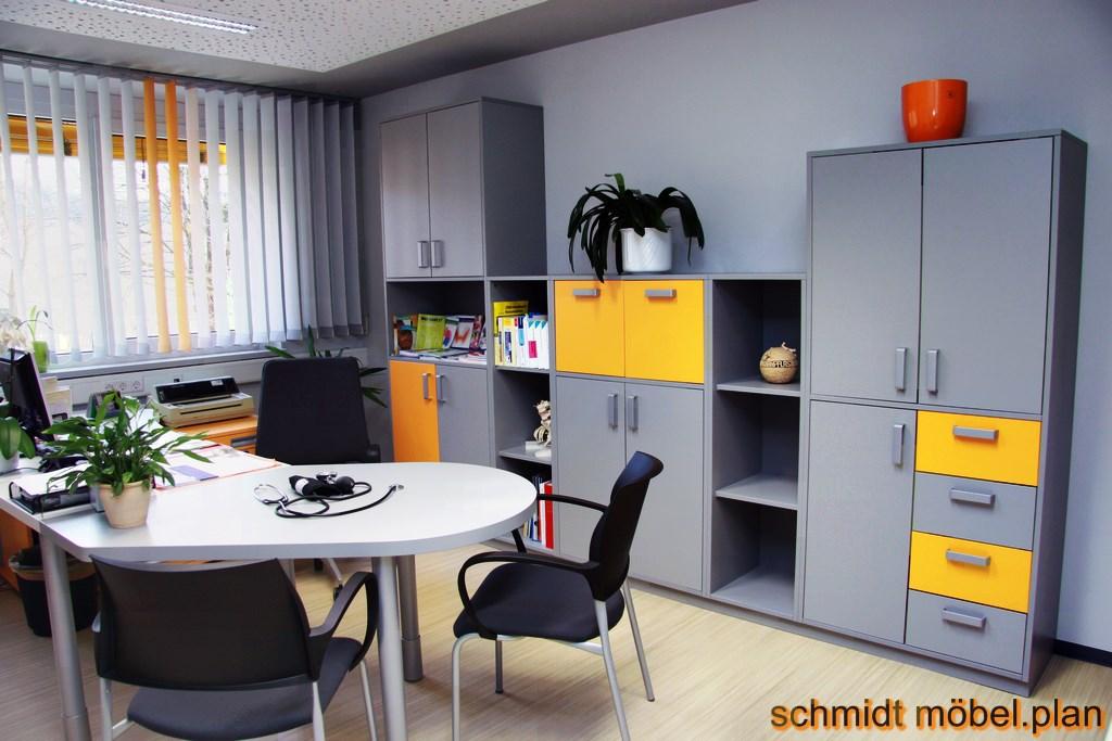 leistungen b ro. Black Bedroom Furniture Sets. Home Design Ideas